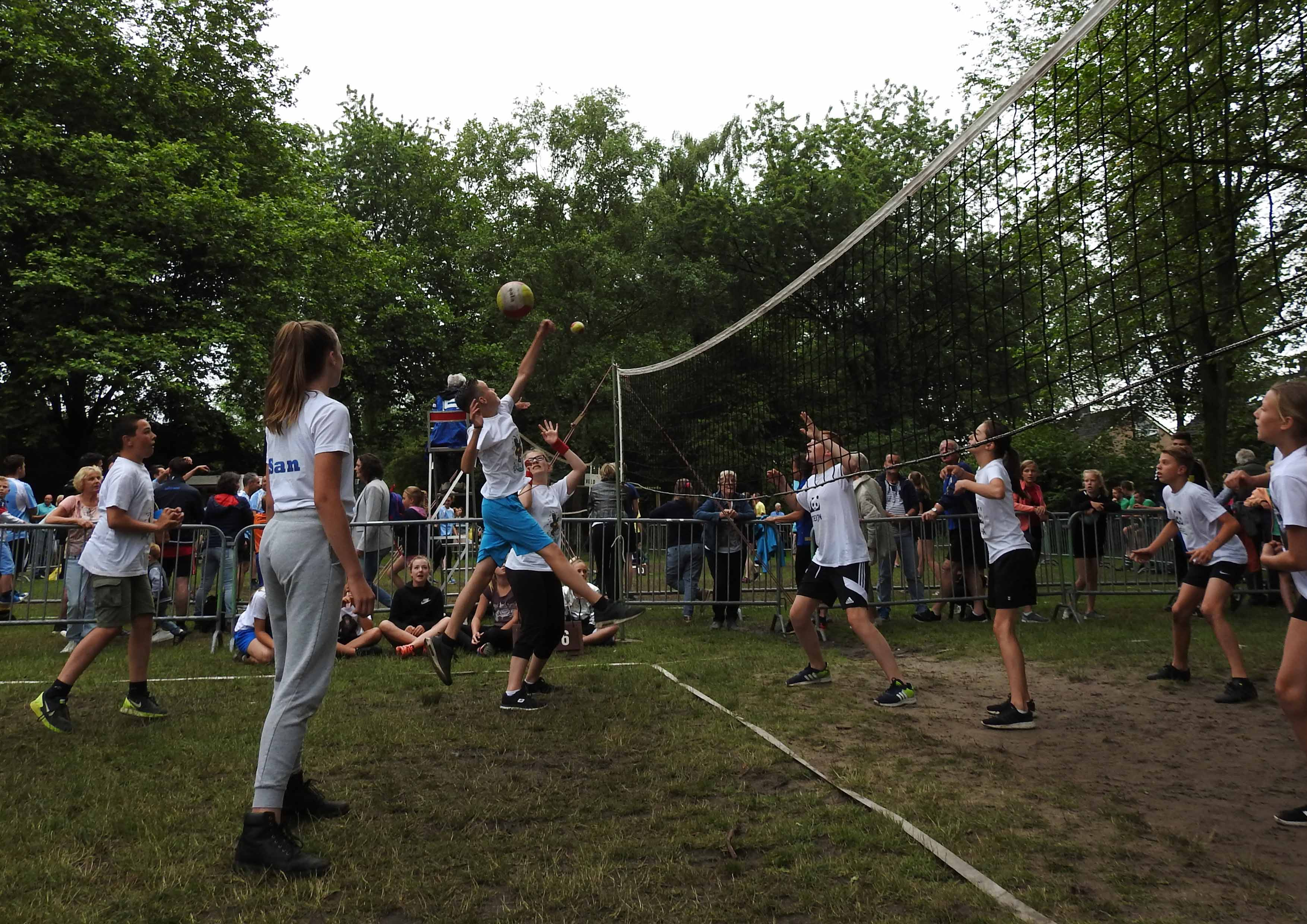 2017-06-29_BB_Straatvolleybal (07)