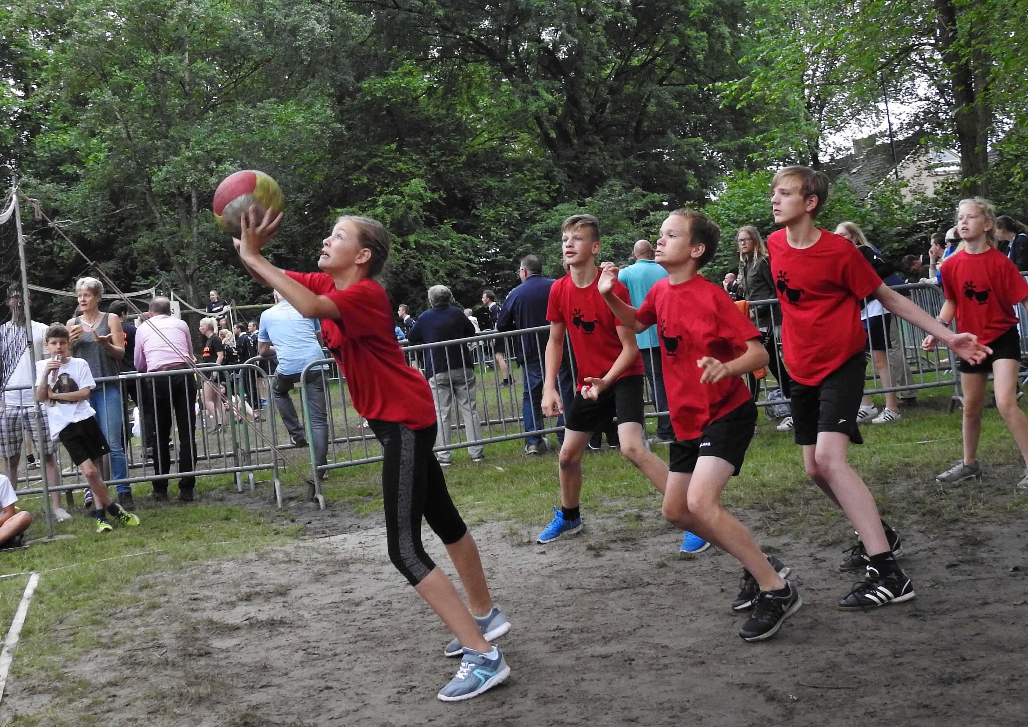 2017-06-29_BB_Straatvolleybal (47)