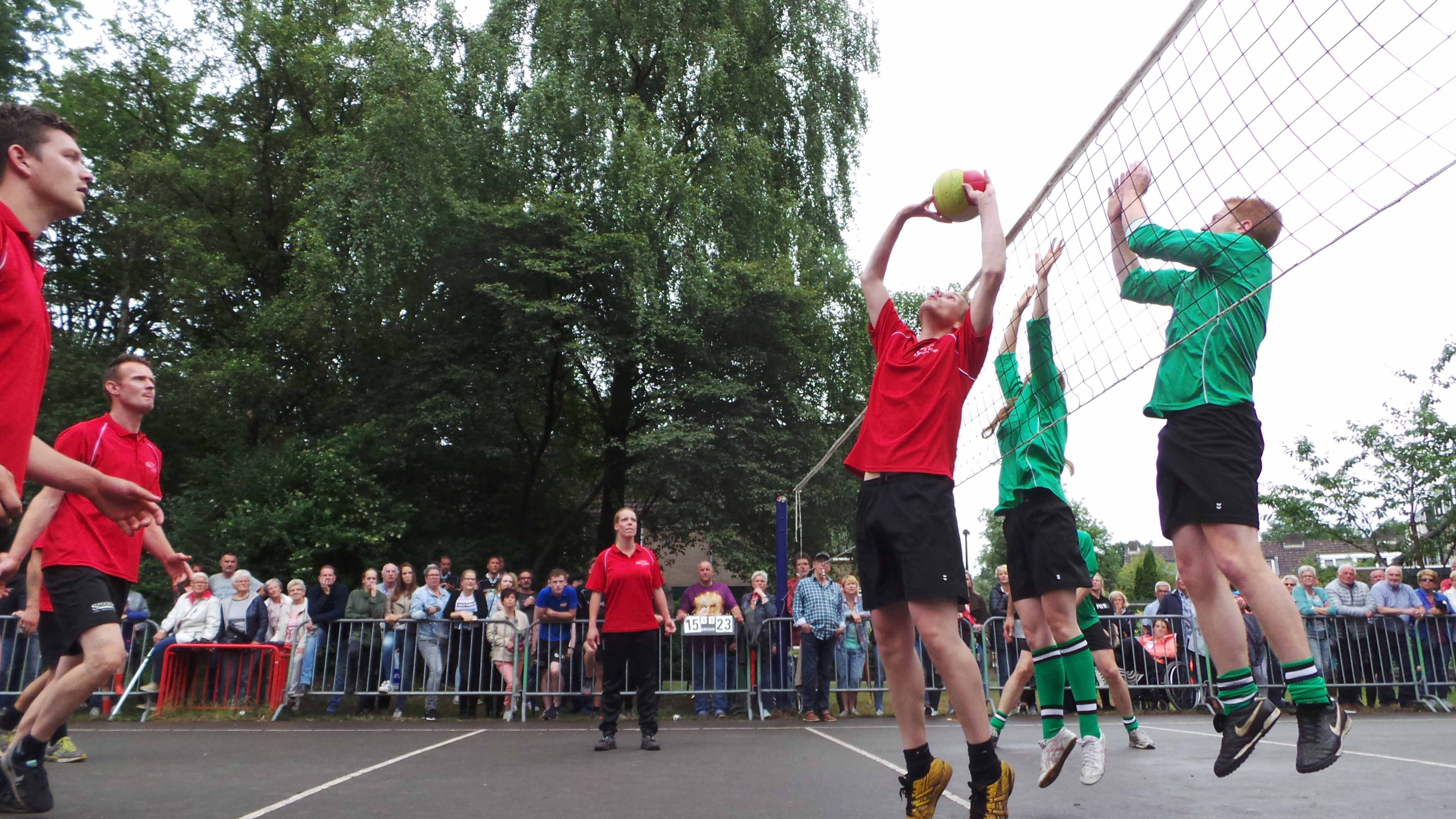 2017-06-29_BB_Straatvolleybal (65)