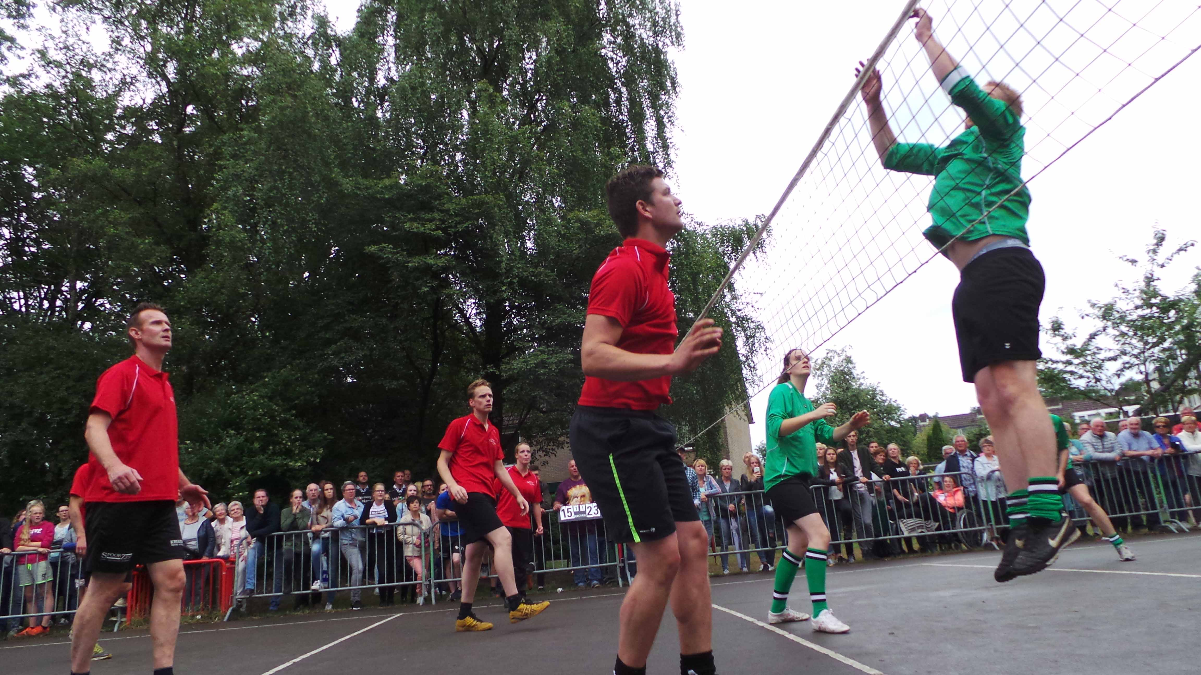 2017-06-29_BB_Straatvolleybal (66)